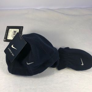 Nike Baby Hat & Mittens Size 12/24m